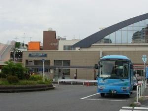 ひばり駅300270214.jpg
