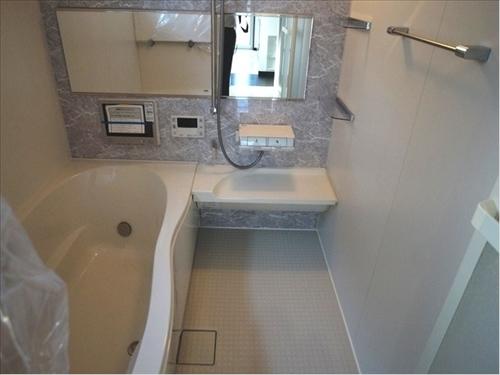 25453 浴室_R.jpg