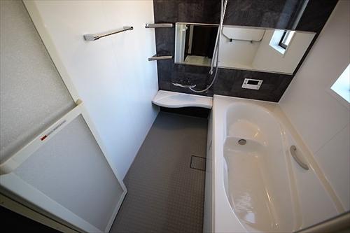 メモリエ栗原1丁目浴室.JPG